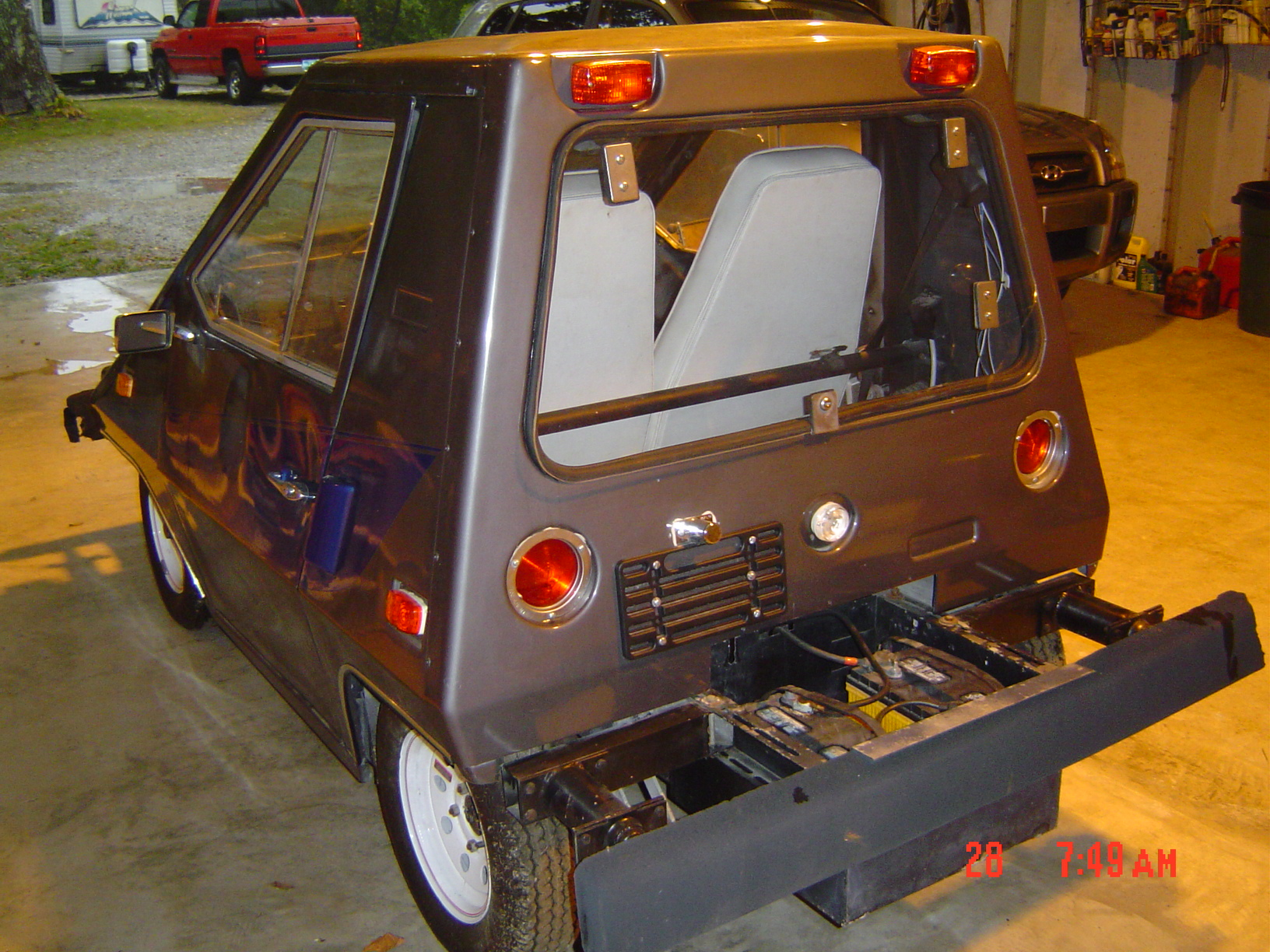 The Long and Short of it: 1980 Comuta-Car